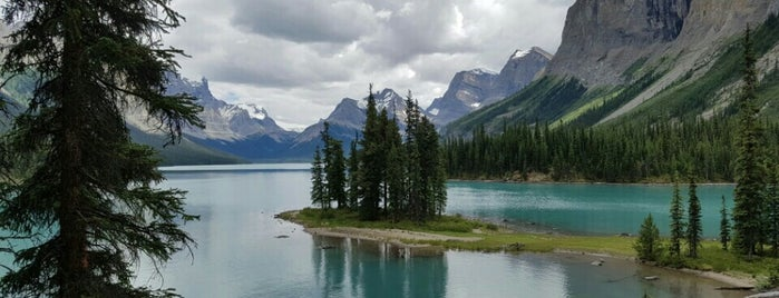 Maligne Lake is one of Cool Places to Visit.