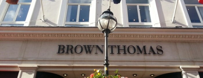Brown Thomas is one of Lugares favoritos de Will.