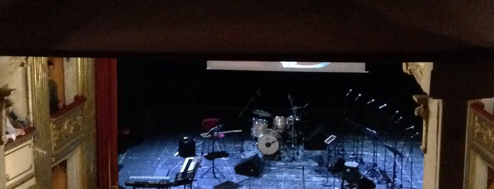Teatro Toselli is one of Lugares favoritos de Ico.