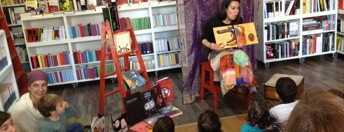 La Extra Vagante Libros is one of Franciscoさんの保存済みスポット.
