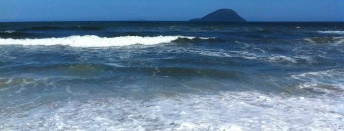 Praia De Jureia São. Sebastião is one of Locais curtidos por Cledson #timbetalab SDV.