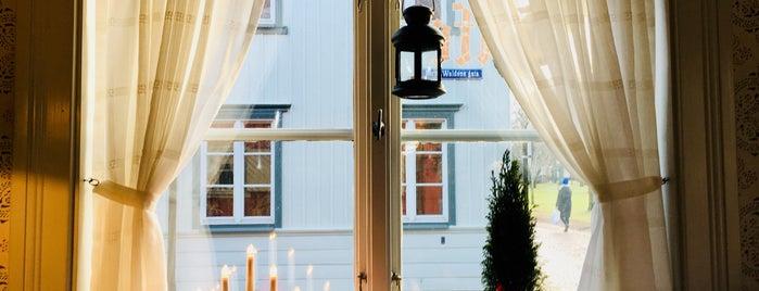 Wadköping Café is one of Locais curtidos por christopher.