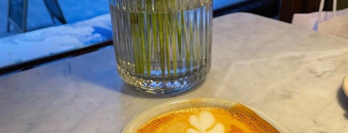 Hoppenworth & Ploch is one of Kaffee und Kuchen FFM.