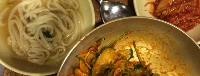 Myeongdong Kyoja is one of Posti che sono piaciuti a Seung-Hwan.