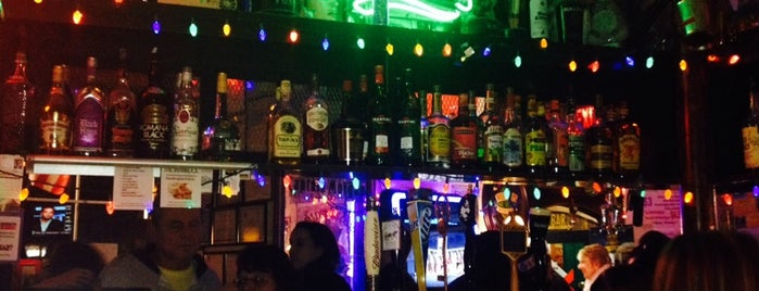 The Shamrock Restaurant & Bar is one of Get Around in H-TOWN!!.
