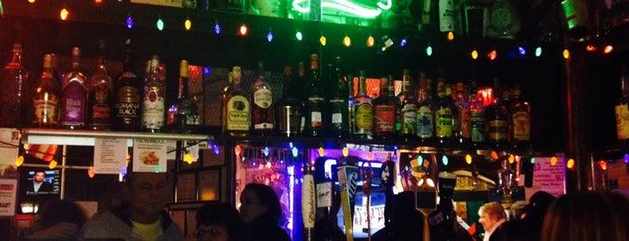 The Shamrock Restaurant & Bar is one of Posti salvati di Christopher.