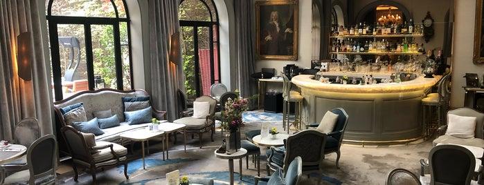 Hôtel Lancaster is one of Posti che sono piaciuti a Tasos.