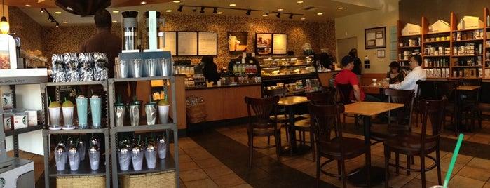 Starbucks is one of Julie: сохраненные места.