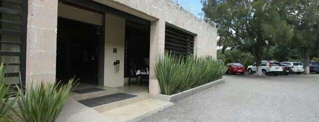 Rancho de Enmedio is one of สถานที่ที่ Daniel ถูกใจ.