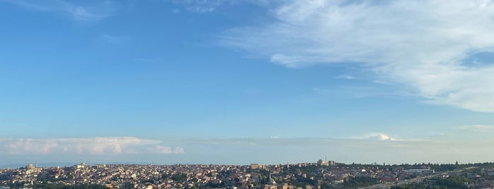 Sütlüce is one of İstanbul Mahalle.