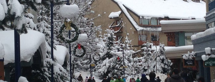 Whistler Town Plaza is one of Jack 님이 좋아한 장소.