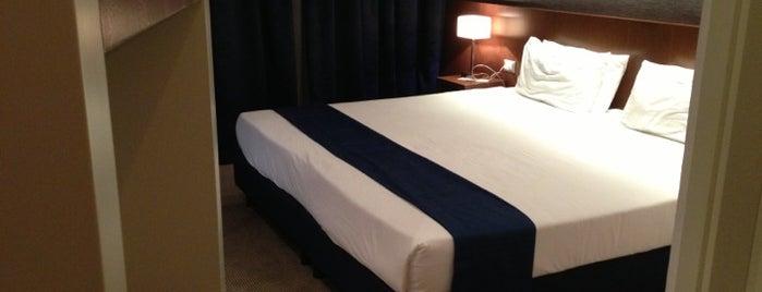 Holiday Inn Express Reggio Emilia is one of Orte, die Carlos gefallen.