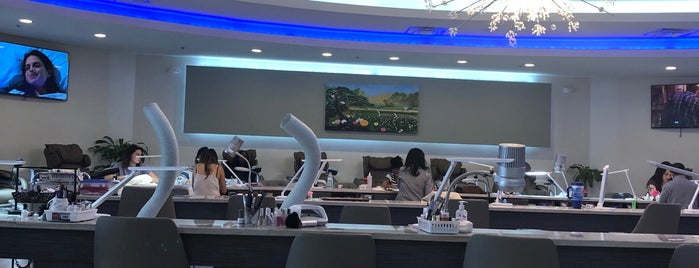 Queen Nails is one of Melbourne Hot Spots.