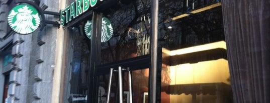Starbucks is one of Locais curtidos por Túlio.