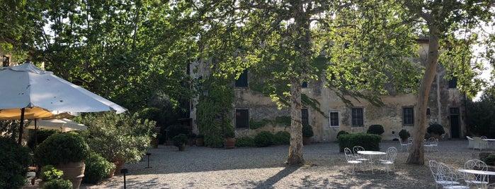 La Parrina is one of Tempat yang Disukai Andres.