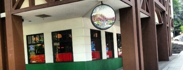 Dan Ryan's Chicago Grill is one of Serene 님이 좋아한 장소.