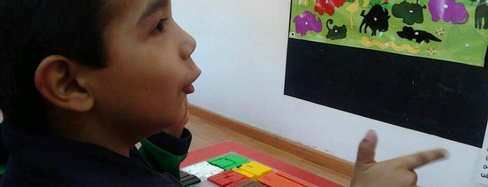 Centro Escolar Triana is one of Posti che sono piaciuti a Ximena.
