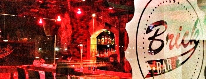Brick Bar is one of Rodrigo'nun Beğendiği Mekanlar.
