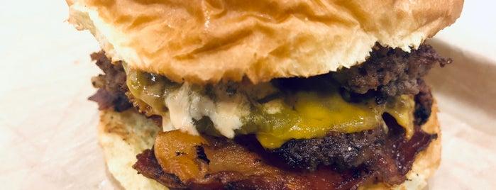 MOOYAH Burgers, Fries & Shakes is one of Lieux qui ont plu à Doug.