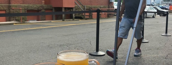 Hog River Brewing Co. is one of Lieux qui ont plu à SKW.