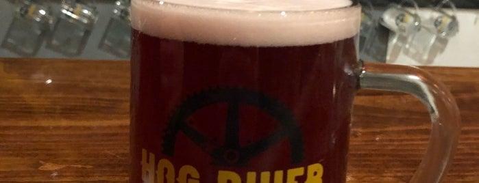 Hog River Brewing Co. is one of Lugares favoritos de SKW.