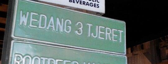 Cafe Tiga Tjeret is one of Lieux qui ont plu à Sandy.