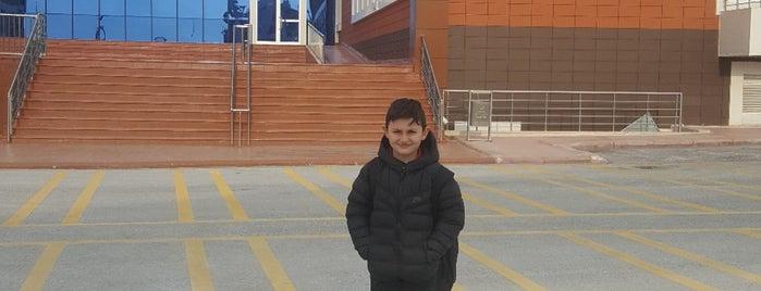 özel isabet okulları is one of Mustafa Ahmet'in Beğendiği Mekanlar.