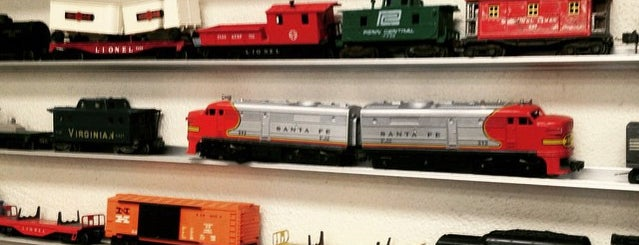 Allied Model Trains is one of Los Angeles.