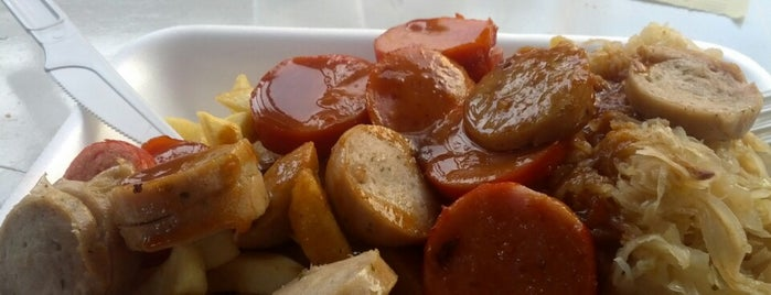Currytiba Wurst is one of Vale a pena conhecer.