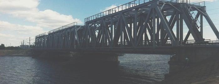 Железнодорожный мост is one of VRN.