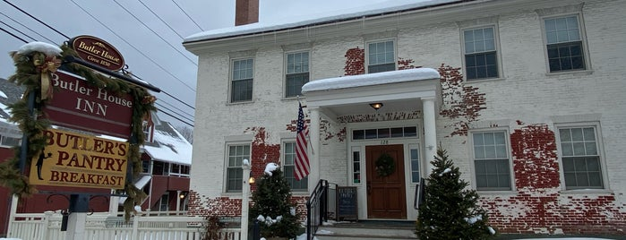 Butler's Pantry is one of Stowe.