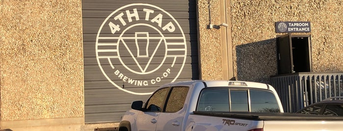 4th Tap Brewing Cooperative is one of Mary'ın Kaydettiği Mekanlar.