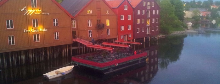 Den Gode Nabo is one of Trondheim.