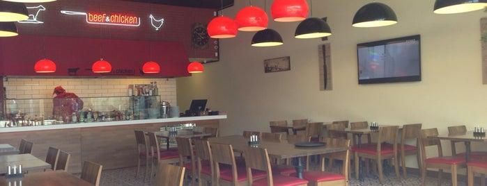 Beef&Chicken İstwest is one of Gespeicherte Orte von Y.Byelbblk.