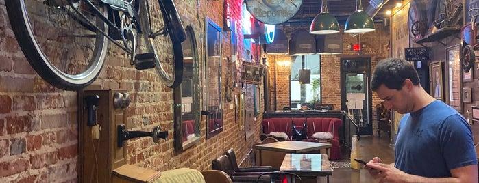 The Perc Coffeehouse is one of Lieux qui ont plu à Matt.