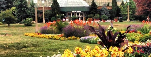 Lincoln Park Conservatory is one of Europe 2014.