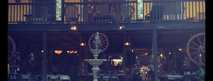 Casa Rio De Colores is one of Misty's Saved Places.
