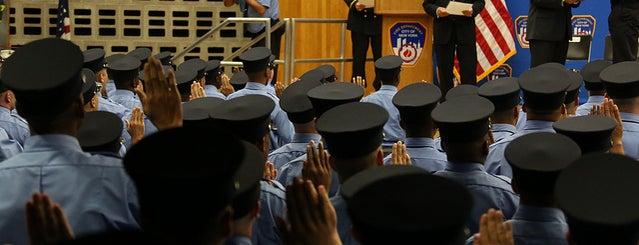 FDNY Fire Training Academy is one of .Manu'nun Kaydettiği Mekanlar.