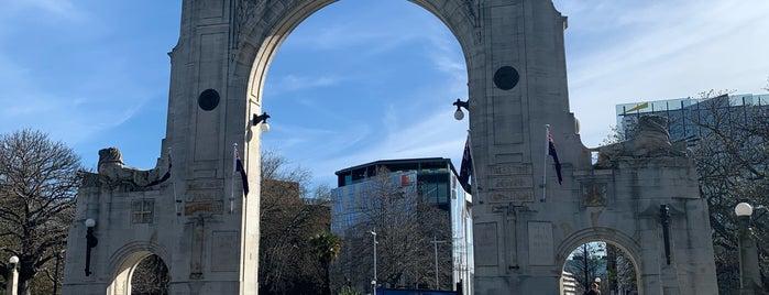 Bridge of Remembrance is one of Alan 님이 좋아한 장소.