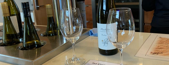 Mt Difficulty Wines is one of Best Winery's.