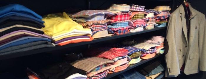 Este's Men's Clothing is one of Lieux sauvegardés par Jeff.