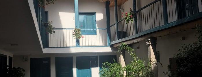 abittare-hotels is one of Lugares favoritos de Andrea.