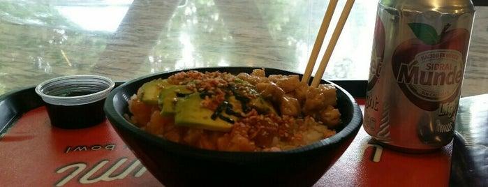 Yumi Yumi Sushi Bowl is one of Orte, die Tan gefallen.