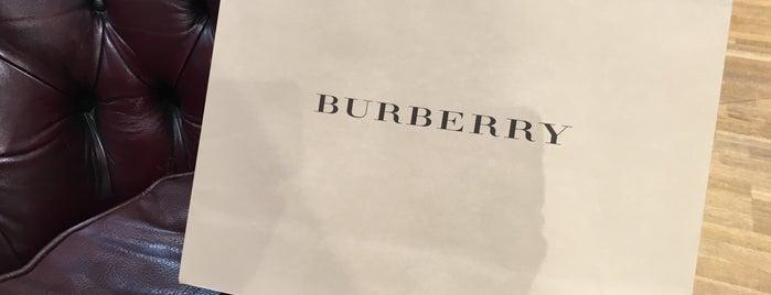 Burberry is one of Locais curtidos por Katia.