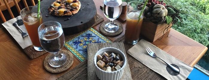 Café Du Tukon is one of Spoiler babe. ❤️️.