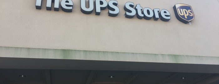 The UPS Store is one of Jessica 님이 좋아한 장소.