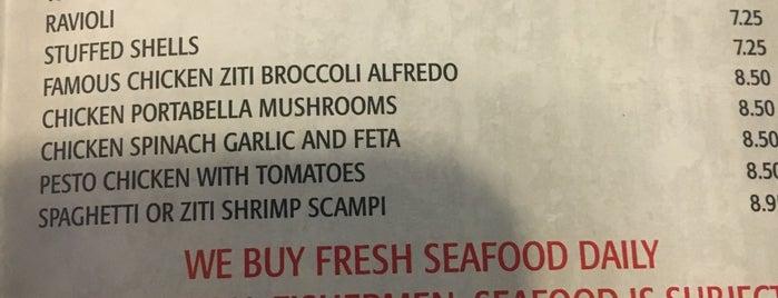 John's Roast Beef & Seafood is one of Posti salvati di Christopher.
