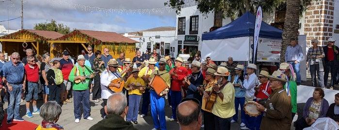 Mercadilllo de Teguise is one of Qué visitar en Lanzarote.