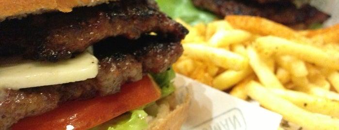 Mano Burger is one of EN İYİ İSTANBUL MEKANLARIM.