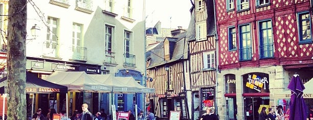 Place Sainte-Anne is one of Rennes.